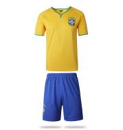 Wholesale manufacturers, Brazil men's football suits, milk, silk, short sleeved football uniforms, a variety of customization