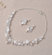 TL159 Mori bridal ornaments, leaf flowers, White Rhinestone pearls, bridal necklaces, earrings, two piece suits