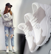 The new spring and summer 2020 Korean students sports shoes running shoes casual shoes breathable mesh all-match flat shoes