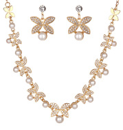 Korean bride pearl Clover Necklace Earrings Set Wedding jewelry accessories factory