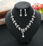 A free agent on behalf of the bride accessories two sets of European and American foreign trade dress pendant necklace set