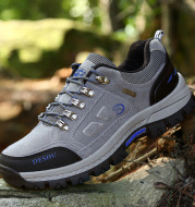 New outdoor mountaineering shoes, waterproof sneakers for men and women in autumn and winter, wearable and antiskid shoes for men's foreign trade sports shoes