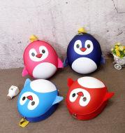Manufacturers direct selling children Penguin little knapsack cartoon kindergarten schoolbag Korean Edition egg shell double shoulder bag wholesale