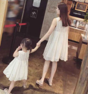 Parent-child ~2017 summer new children's clothing a girl's sleeveless lace dress mother dress