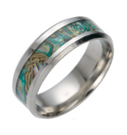 Titanium steel color shell ring high-end ring men's men's men's new personality gift Europe and the United States explosion factory
