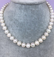 Imitation natural freshwater pearl necklace