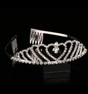 Crown of Yiwu heart bride crown wedding banquet water drill bridal crown comb comb hair comb