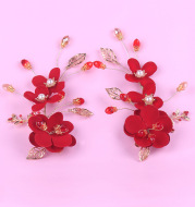 The bride red dress headdress Hibiscus handmade cloth hair accessories hairpin Wedding Toast clothing factory