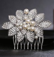 The new European pearl diamond comb hair comb wedding bride bride wedding headdress jewelry accessories