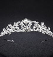 The new Korean high-end wedding diamond hoop crown bride headdress accessories explosion wedding headdress factory direct