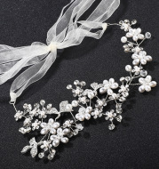 The new bride headdress ornaments handmade Korean high-end pearl diamond hoop Wedding Jewelry Wedding Dress Accessories