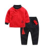 Children's suit with velvet buckle