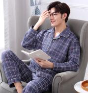 Middle-aged elderly pajamas