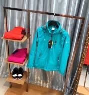 Gucci outdoor climbing waterproof windproof poromeric drawstring size jacket jacket sports jacket coat girl