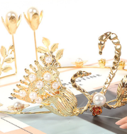 The explosion of new Christmas bride wedding headdress ornaments and Swan crown cake decoration accessories