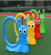 The new kindergarten outdoor sports games and the training equipment into rings children frog snail rings