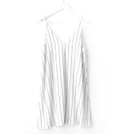 V-neck large striped loose strap skirt