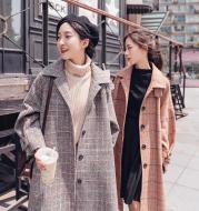 Plaid woolen coat female long section Korean version 2021 winter new students loose over the knee popular woolen coat