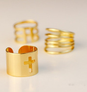 Exaggerated hollow cross three-piece ring