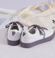 Spring new Korean version of the wild white shoes female strawberry retro port wind shoes students ins sneakers