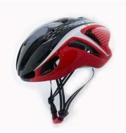 Pneumatic riding helmet