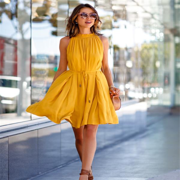 petra dress, forever21, yellow dress on elegant woman