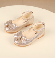 Bow shoes for children