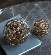 Metal ball decoration