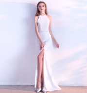 Bride toast clothing 2020 new fashion long red fishtail hanging neck wedding banquet evening dress