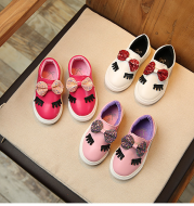 Spring and autumn new children's shoes girls Korean version of the princess shoes bow big eyes casual shoes small children's board