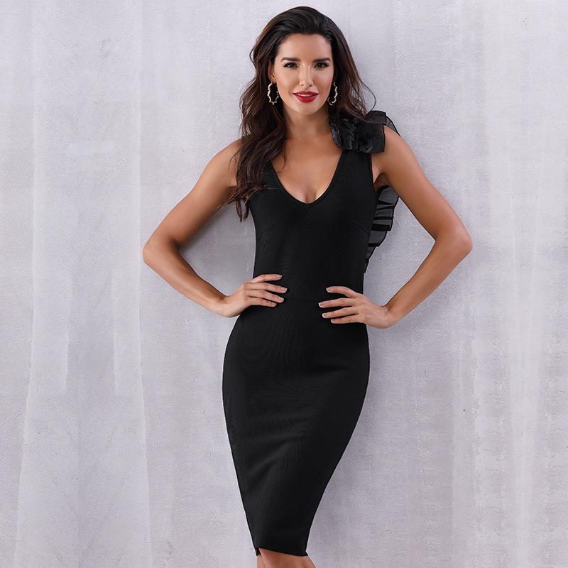 1543052158337 Asymmetrical design bandage skirt