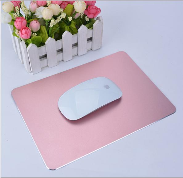 tapis de souris aluminium or rose