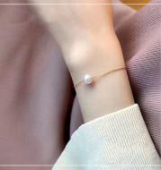 Single 18K Gold Japanese Akoya sea pearl bracelet adjusts natural rose white color gold flawless bulb