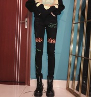 Broken hole flame letter embroidery jeans