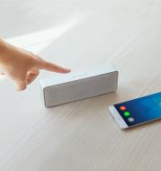 Square box bluetooth speaker