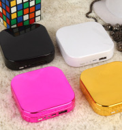 Cosmetic case mirror mobile power
