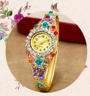 Fashion female student bracelet watch ladies watch fashion watch quartz bracelet female table diamond jewelry watch
